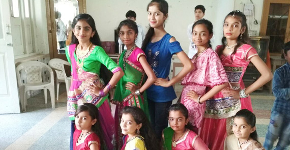 Oshwal Balmandir and Primary School Diwali Celebration  14.10.17